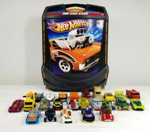 Hot Wheels 100 Car Carry Case Storage With 25 Random Cars Lot