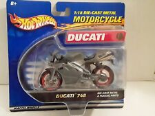 Hot Wheels 1:18 Scale Ducati 748 diecast motorcycle new on card 2001