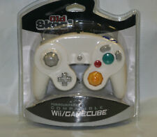 Old Skool Dual Analog Controller for Nintendo Game Cube and Wii - White