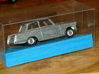 Supplied by DINKY MECCANO 1959/64 TRIUMPH HERALD No189 MODEL KIT+DISPLAY BOX