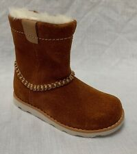 Clarks Unisex Tan Piper BOOTS Size 4.5f