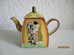 Charlotte di Vita Gustav Klimt Miniatur Teekanne Email Goebel  Der Kuss