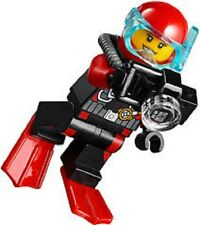 LEGO Minifig Female DEEP SEA DIVER Camera Treasure Red Flippers City 60091 NEW