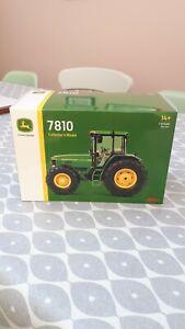 SCHUCO FARM TOYS JOHN DEERE 7810 TRACTOR ( NEW IN BOX ) RARE NEVER OPENED