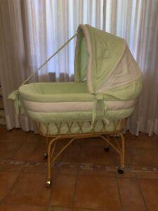 Culla in vimini per neonato, Fior Di Nanna, colore Verde e bianco, in cotone
