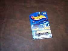HOT WHEELS - '71 PLYMOUTH GTX - GREEN - 2001 - COLLECTOR CARD NO. 026 - NEW