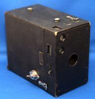 Eastman Kodak BROWNIE 2A Model B Box Antique Film Camera THAMER Opticians USA