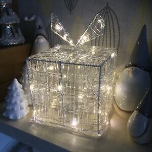 Pre Lit White LED Light Up Parcel Gift Box Present Christmas Decoration