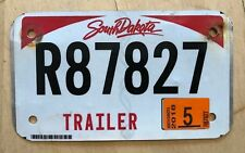 "SOUTH DAKOTA GRAPHIC  TRAILER CYCLE SIZE  LICENSE PLATE "" R 87827 ""  SD TRL"