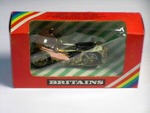 Britain's Boxed 9654 in Gold Color 1:32
