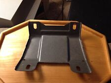 NEW OEM 1988 1989 1990 FORD CROWN VICTORIA GRAND MARQUIS GRILLE OPENING BRACKET