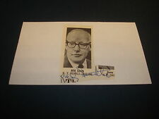 Red Smith Ny Herald sportswriter Signed Auto Mounted Cut 3X5 Index Card-F5
