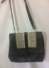 sac cuir ou simili noir Zara  bon état (B11)