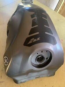 2009-2014 10 11 12 13 Yamaha YZF R1 Gas Fuel Tank OEM Dented