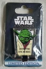 Disney Star Wars Weekends 2012 Pin-Lightsaber Yoda Limited Edition