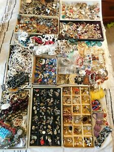 Big Vintage 22 Pounds Broken Jewelry Craft Lot Single Earrings Rhinestones Pins
