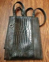 Arizona Jean Co. Woman's Black Shoulder Bag faux Leather croc EUC