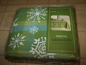 "Martha Stewart oblong Tablecloth 100% COTTON Evergreen Frost_60"" x 102""  NEW IP"