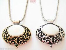 Collares y colgantes de bisutería de piedra de metal plateado