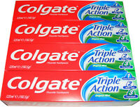 4 TUBES OF COLGATE TOOTHPASTE - TRIPLE ACTION TOOTH PASTE WITH FLUORIDE 125ML