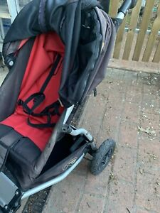 Mountain Buggy pram   baby capsule attachment   two pram liners