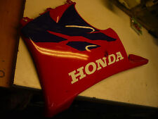 sabot coté gauche honda 900 cbr 1998 1999 lower side panel