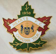 Corazón de Midlothian corazones Muy Raro 1958 Tour canadiense placa 35 Mm x 38 mm