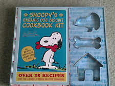 SNOOPY COOKIE CUTTERS & BUBBA ROSE ORGANIC DOG BISCUIT COOKBOOK KIT retired MINT