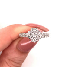 1.00ct Round Brilliant Cut Diamond Cluster Right-Hand Ring in 14k White Gold