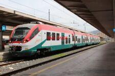 PHOTO  ITALY RAILWAY SICILY PALERMO STAZIONE CENTRALE WITH FS TRAIN (2)