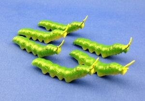 24 pieces rubber inchworm caterpillar INSECT educational science TOYS FAKE BuGs