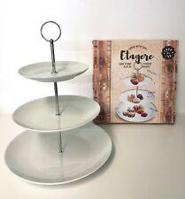 Etagere aus Porzellan 3 stöckig weiß silber Geschenkidee Deko Kuchenplatte