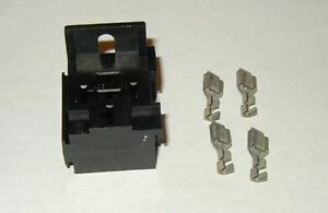 Relay or Flasher Connector 5 pin Panel Mount terminal socket pigtail pig tail