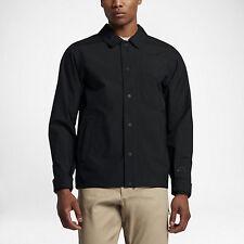 Nike SB Gore-Tex Jacket - SMALL - NEW - 849349-010 Blackout Triple Coaches