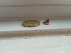 ROBIN -BEAUTIFUL POTTERY TINY TINY TINY MINIATURE COLOURFUL LITTLE BIRD - ROBIN