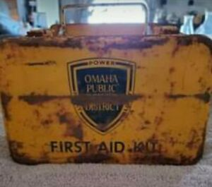 VINTAGE OMAHA PUBLIC POWER DISTRICT FIRST AID METAL BOX
