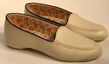 Mid Century Footease Soft Sole Size 4 Slippers Beige Dead Stock
