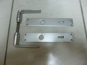 Poignée de porte intérieur ou extérieur en aluminium