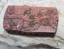 belle boite a priser tabatière en bois sculpté  travail d art populaire