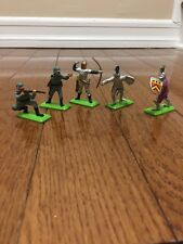 Britain's LTD 1971 deetail toy figures soldiers knights