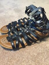 96fe0b711a11 Girls Cherokee Black Gladiator Strappy Zip Up Sandals Shoes Size 5