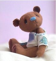 Toffee soft toy felt teddy bear sewing kit by pcbangles.  6 inches tall (15cm)