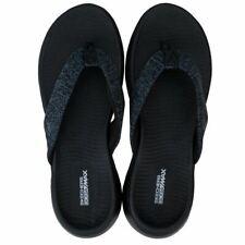 Women's Skechers On The Go 600 Preferred Thong Flip Flop Sandals in Black
