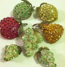 VTG LUCITE FORBIDDEN FRUITS LEMON LIME PEAR APPLE GRAPES PIN EARRINGS COLLECTION