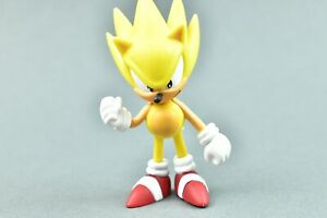 "Sonic The Hedgehog Jazwares Yellow Super Sonic 2"" PVC Figure"