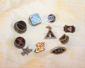 VINTAGE big lot of 10 different fraternity / sorority pledge pin, button OLD