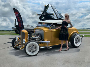 1932 Ford Magazine Featured 4-speed Hot Rod Roadster