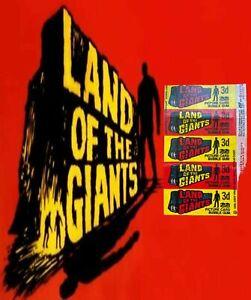 1969 A&BC LAND OF THE GIANTS 3d Picture Card Bubble Gum Wax Wrapper - FCC