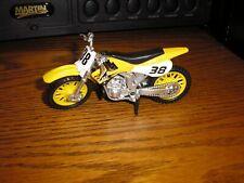 """1/18 ? 4 5/8"""" Super Motorcross 250 cc Dirt bike Suzuki Honda #38 Yellow FREE S/H"""