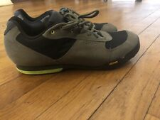 Giro Rumble VR Cycling Shoe - Men's Mil Spec Olive/Black, 44.0(US 10.5)
